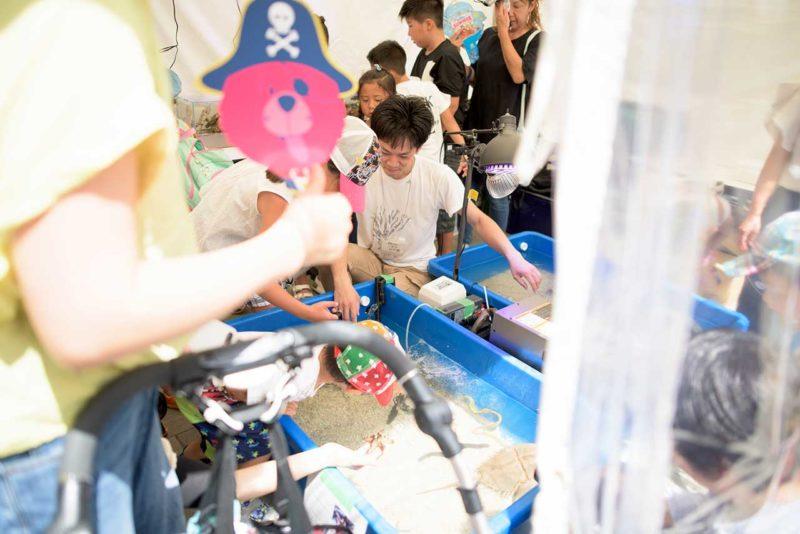 大阪あべのキューズモール移動水族館の様子